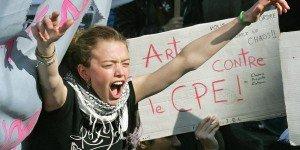 La marche des étudiants vers le palais du Gouvernement dans A la une manifestation-d-etudiants-contre-le-cpe-a-300x150